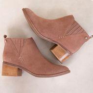 1_Ankle_Boot_Anita_Mundial