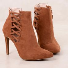 1_Ankle_Boot_Astrid_Mundial