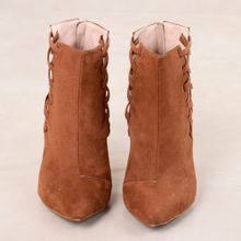 2_Ankle_Boot_Astrid_Mundial