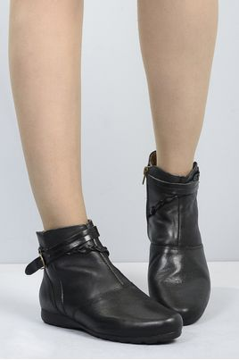 5_Ankle_Boot_Gama_Mundial