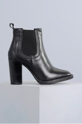 1_Ankle_Boot_Luisa_Mundial_CR_PRETO
