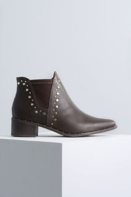 1_Ankle_Boot_Salto_Baixo_Naomi_Ramarim_SINT_CAFE