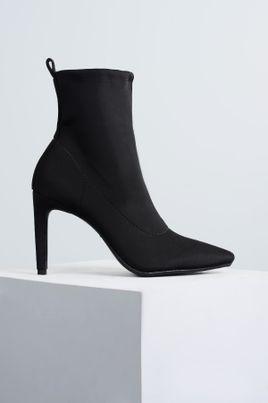 1_Ankle_Boot_Salto_Alto_Pumpy_Mundial_TEC_PRETO