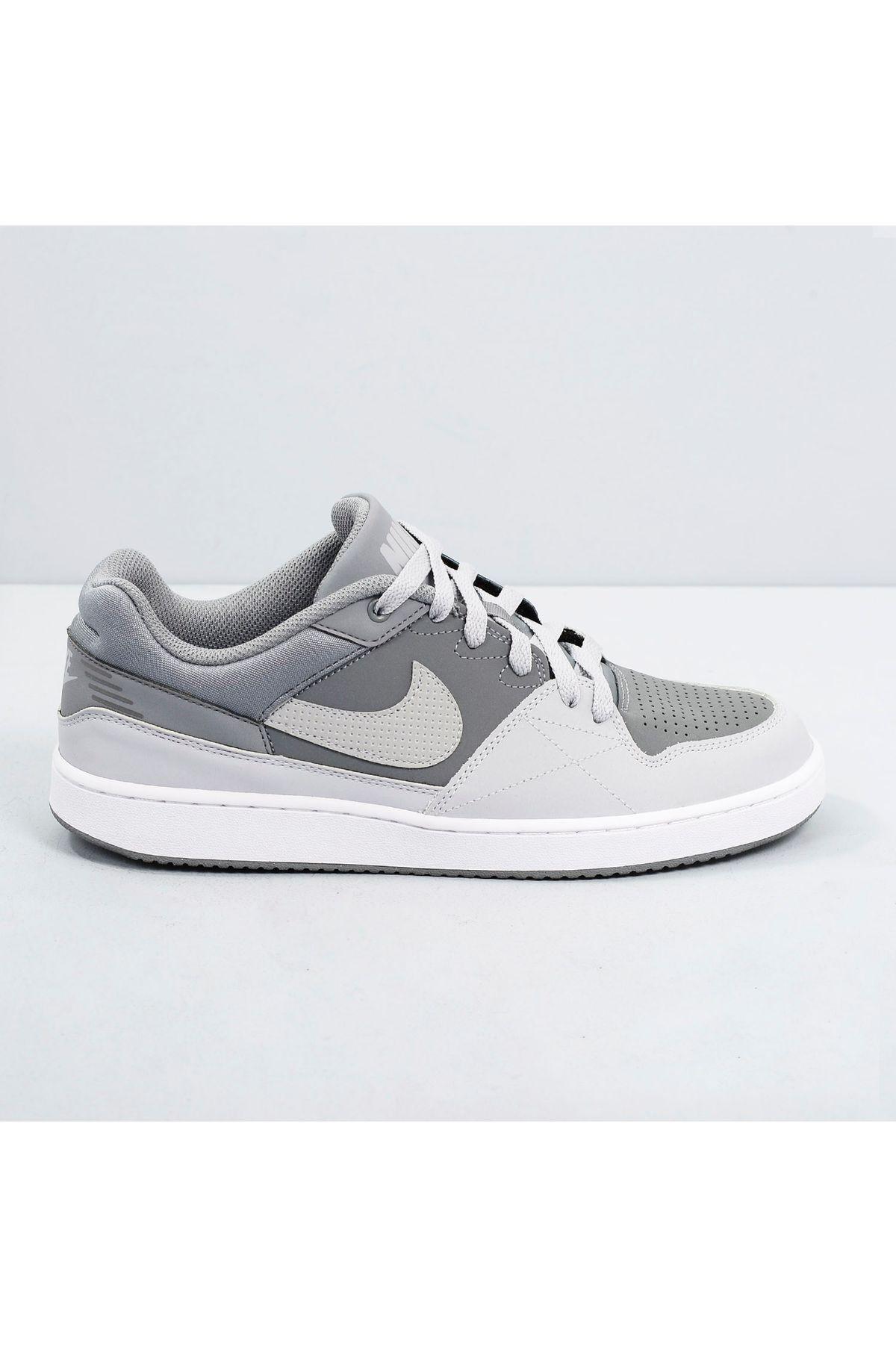 a88a763349a Tênis Nike Priority Low