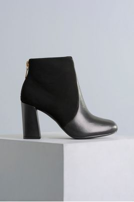 1_Ankle_Boot_Madalena_Mundial