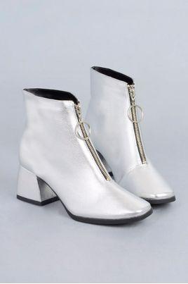 2_Ankle_Boot_Chloe_Mundial_VERNIZ_PRATA