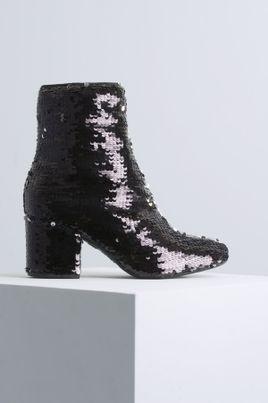 1_Ankle_Boot_Salto_Medio_Maeva_Mundial_DIVERSOS_PRETO