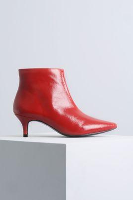 a97250b60c5 Ankle Boot Salto Médio Dotye Mundial VERNIZ - VERMELHO · Esgotado ·  1 Sapato Feminino Salto Baixo Ayala Mundial VERNIZ PRETO