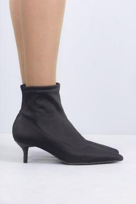 2_Ankle_Boot_Salto_Medio_Andye_Mundial_TEC_PRETO