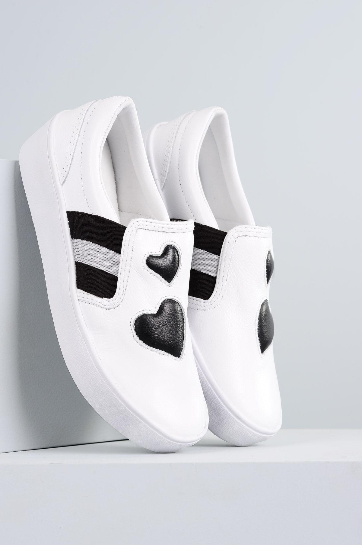 1bc4008fe3 Tênis Feminino Plataforma Coração Mundial CR-PRETO - Mundial Calçados