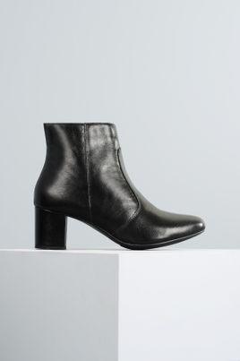 1_Ankle_Boot_Salto_Medio_Aryane_Mundial_CR_PRETO