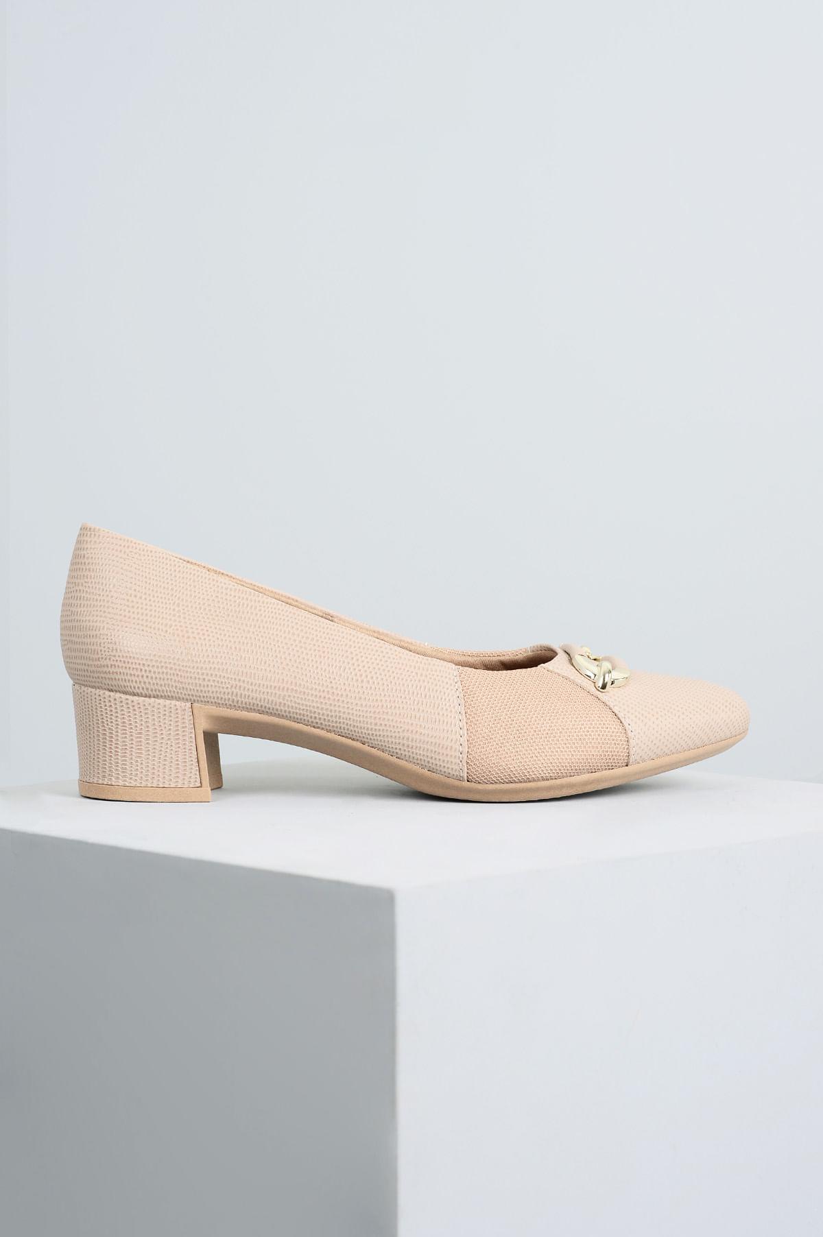 fb8c5af43 Sapato Feminino Salto Baixo Pagie Usaflex CR - BEGE - Mundial Calçados