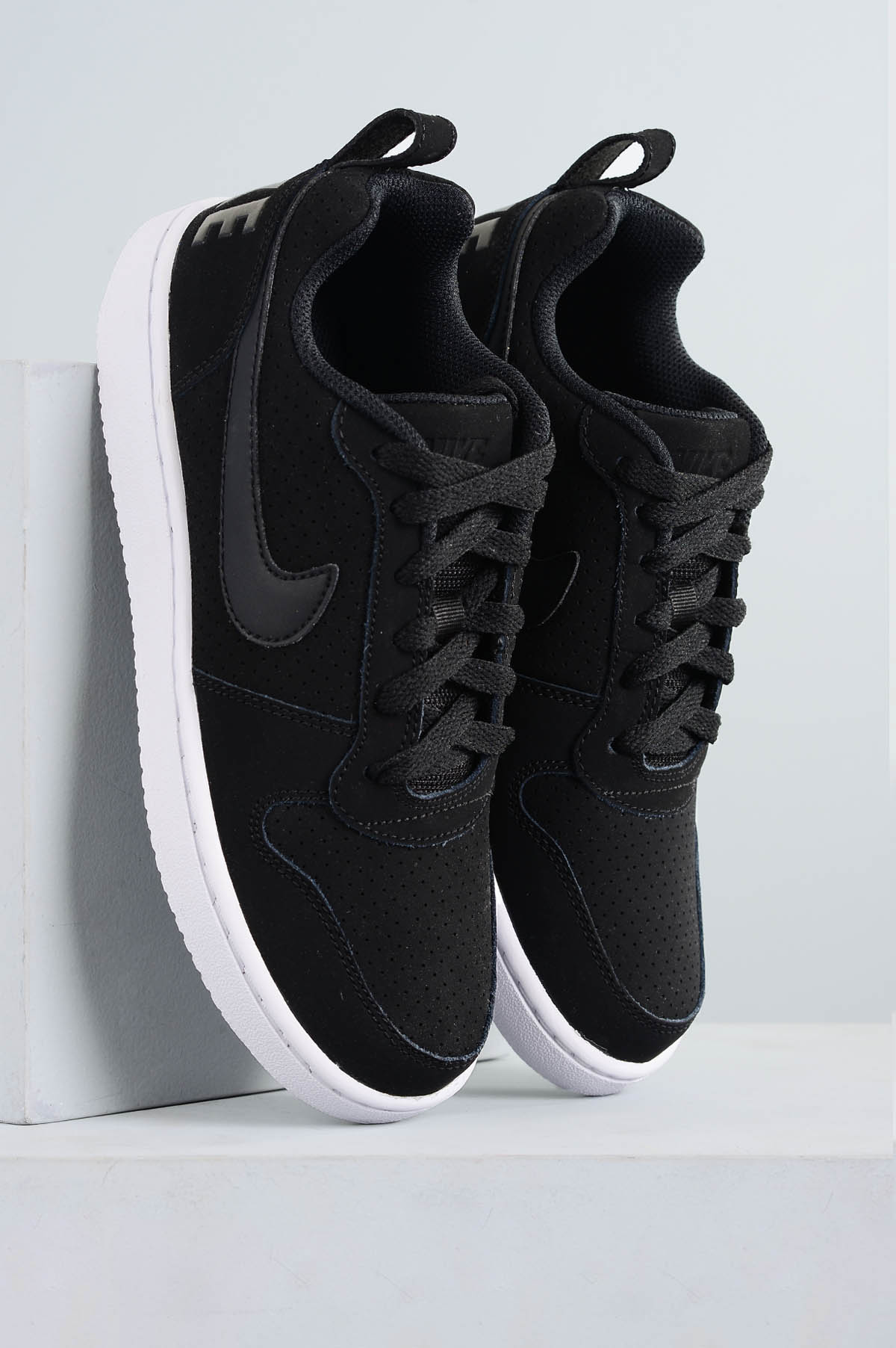 Tênis Nike Wmns Court Borough Low  f10e4fefad622