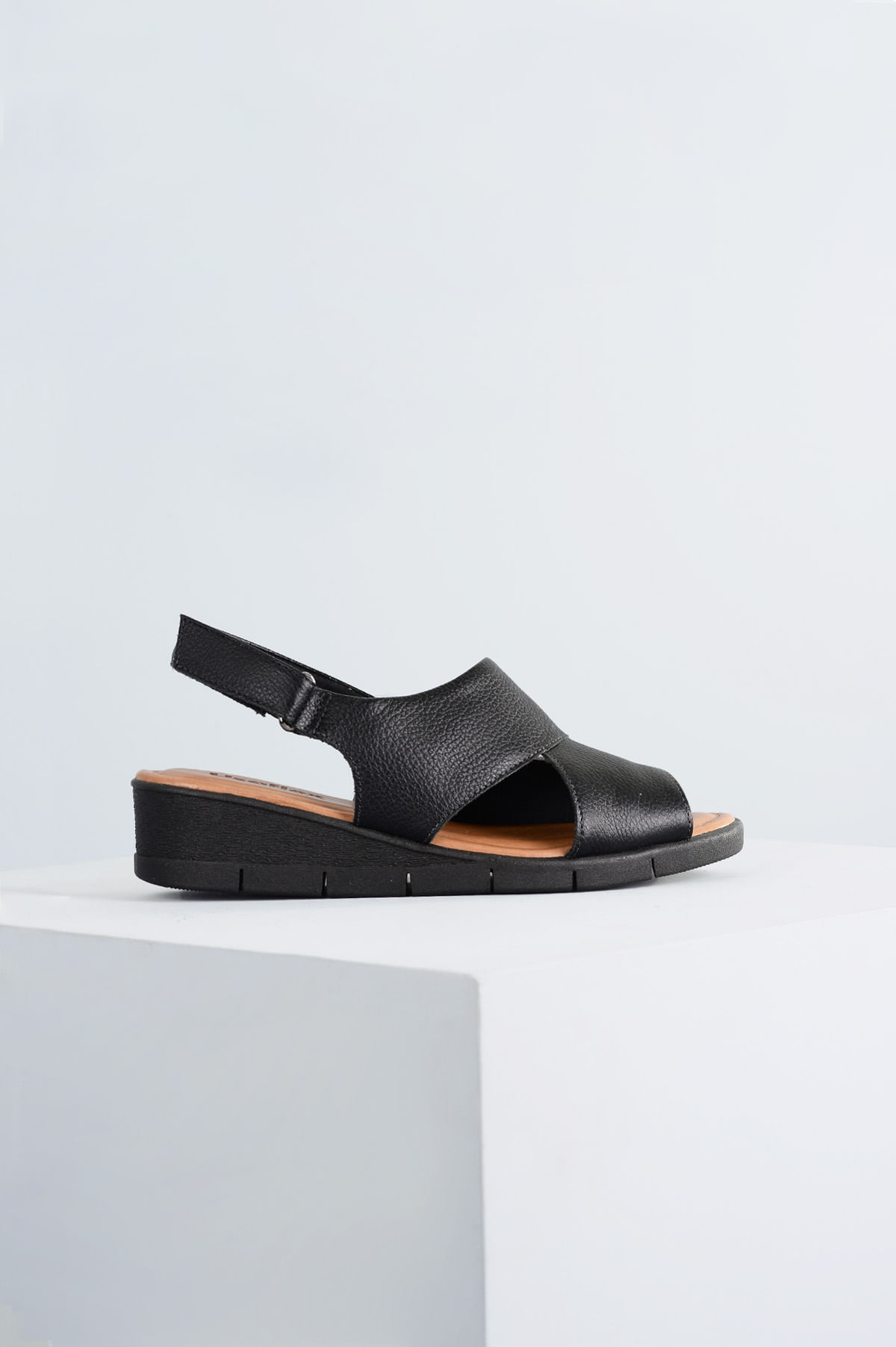 f2c39cae5 Sandália Feminina Anabela Monize Usaflex CR-PRETO - Mundial Calçados