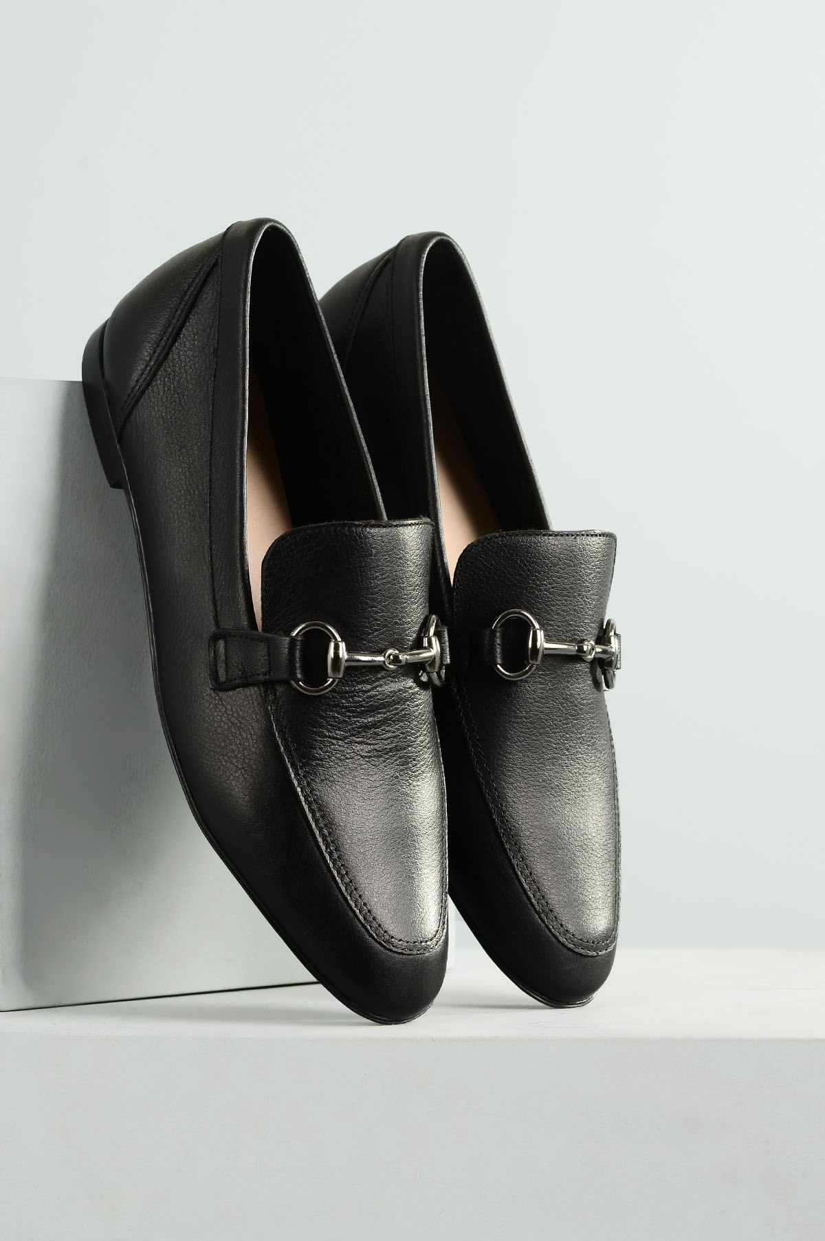 c51a8d8799 Mocassim Feminino Milany Mundial CR-PRETO - Mundial Calçados