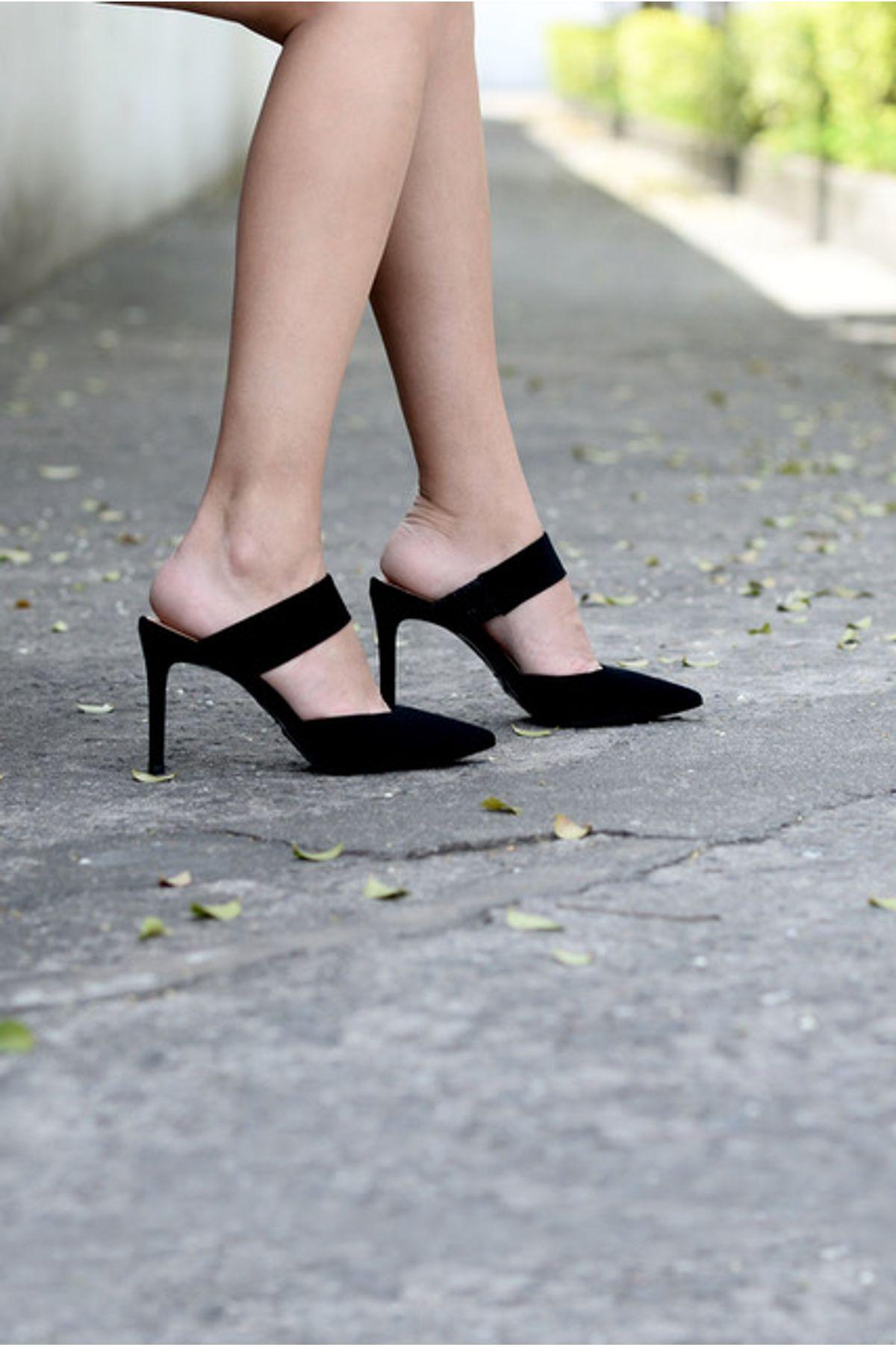 d5583129027 Mule Feminino Salto Alto Kesye Mundial NB - PRETO - Mundial Calçados