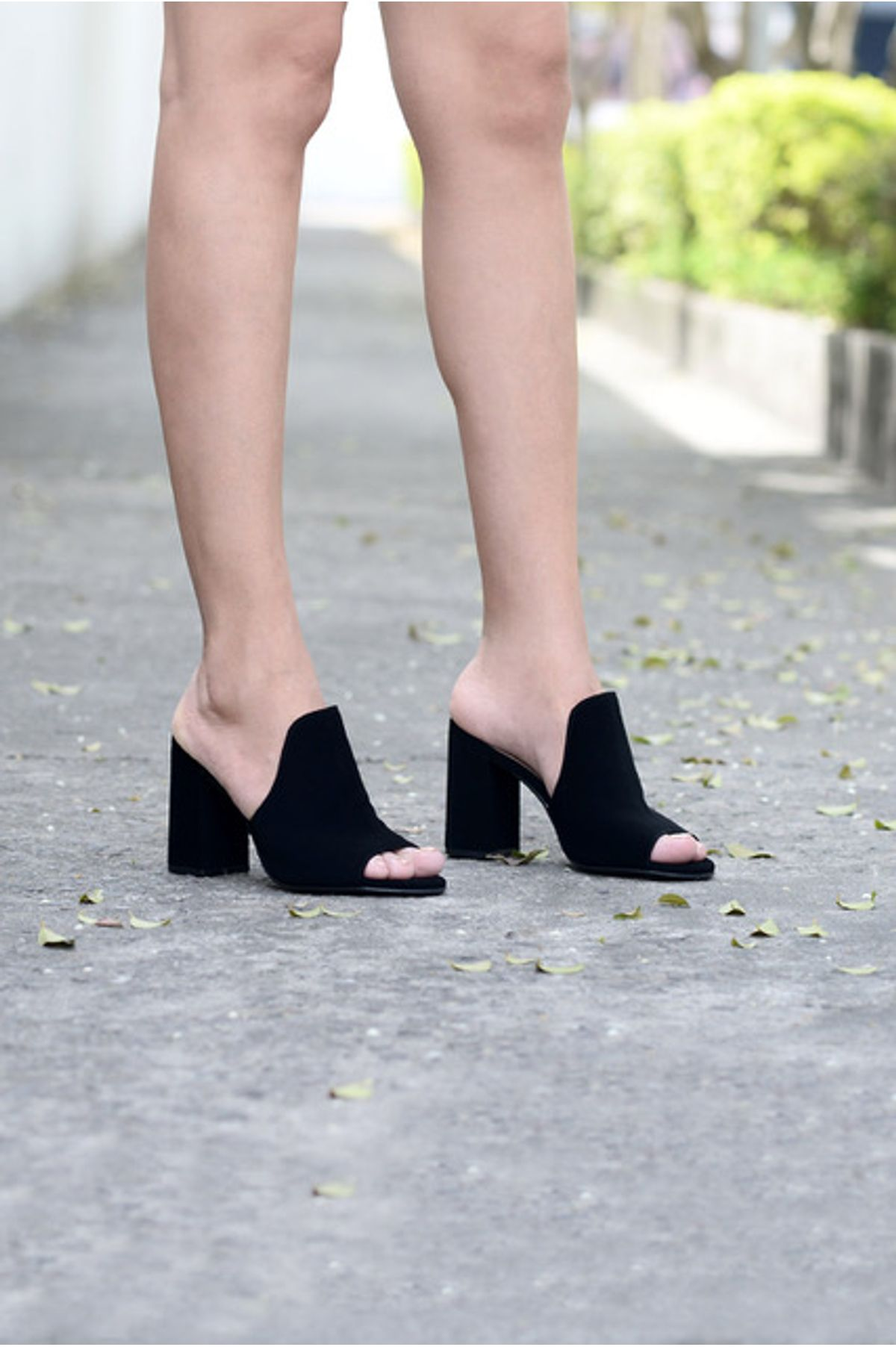 bd416347f87 Tamanco Feminino Salto Alto Amye Mundial NB - PRETO - Mundial Calçados