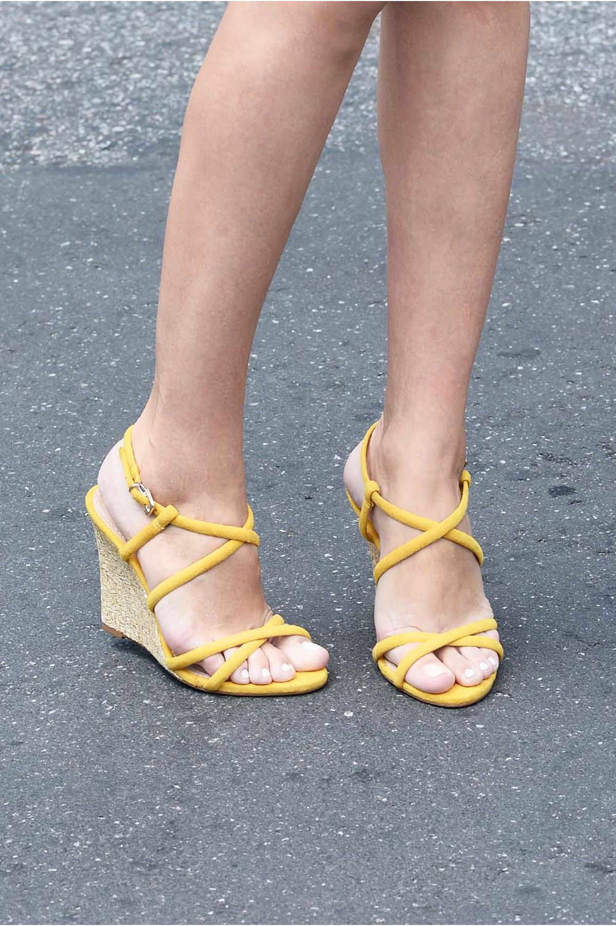 95e3bb1ee0 Sandália Feminina Anabela Yashi Mundial CAM - AMARELO - Mundial Calçados