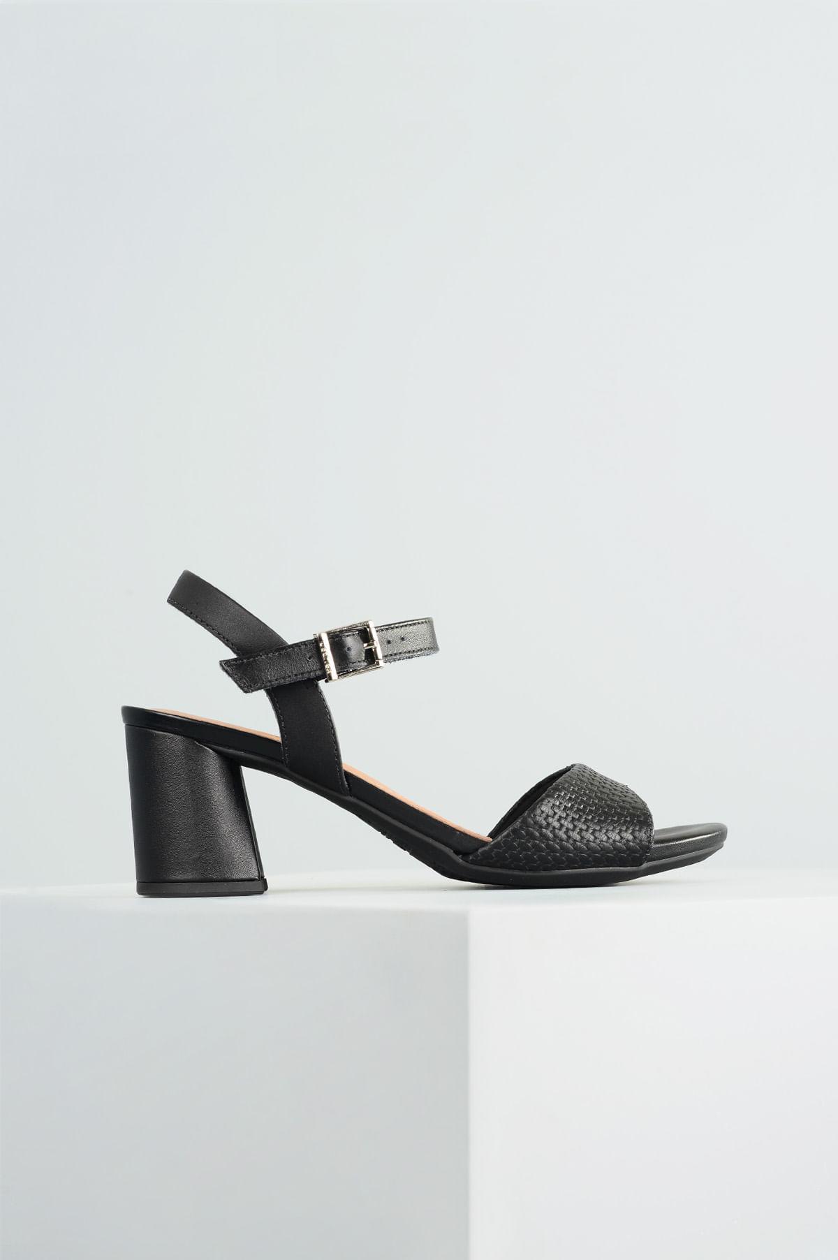 82e67007cc Sandália Feminina Salto Alto Dyane Usaflex CR-PRETO - Mundial Calçados