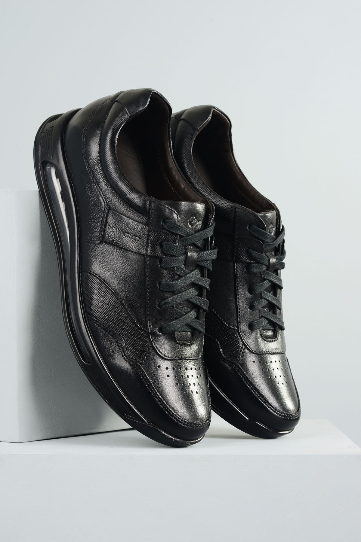 7312204393 Sapato Masculino Democrata Air 360 CR-PRETO - Mundial Calçados