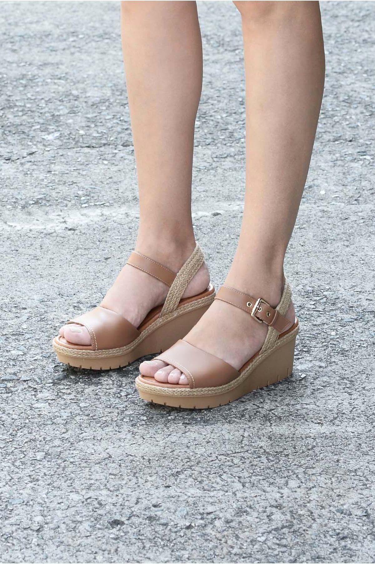7d114f070 Sandália Feminina Anabela Moncy Usaflex CR-CAMEL - Mundial Calçados