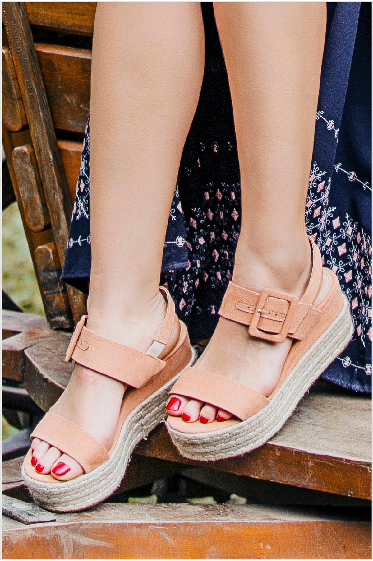 7dab1a42cea36 Sandália Feminina Anabela Leiah Mundial CAM - NUDE - Mundial Calçados