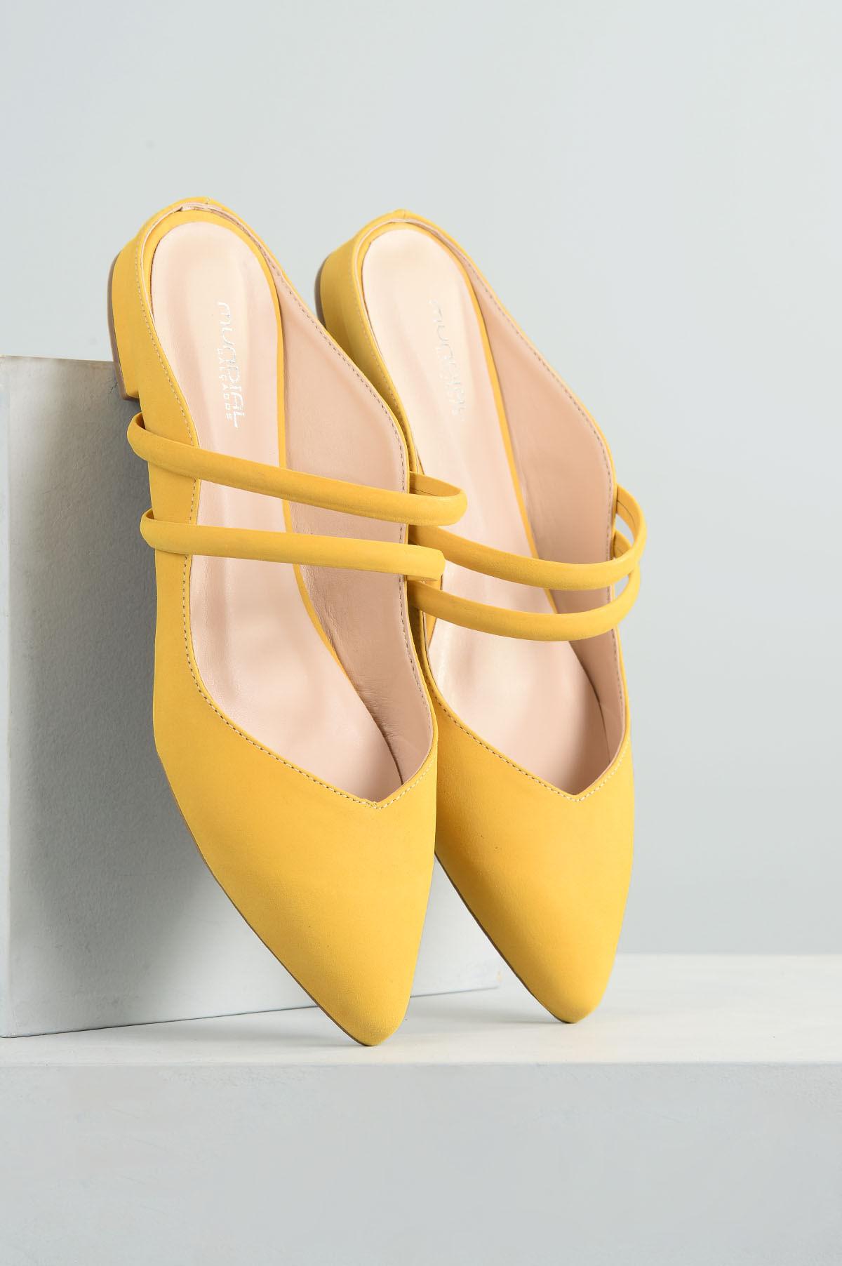 aba9cfa13 Mule Feminino Salto Baixo Chaye Mundial NB- AMARELO - Mundial Calçados