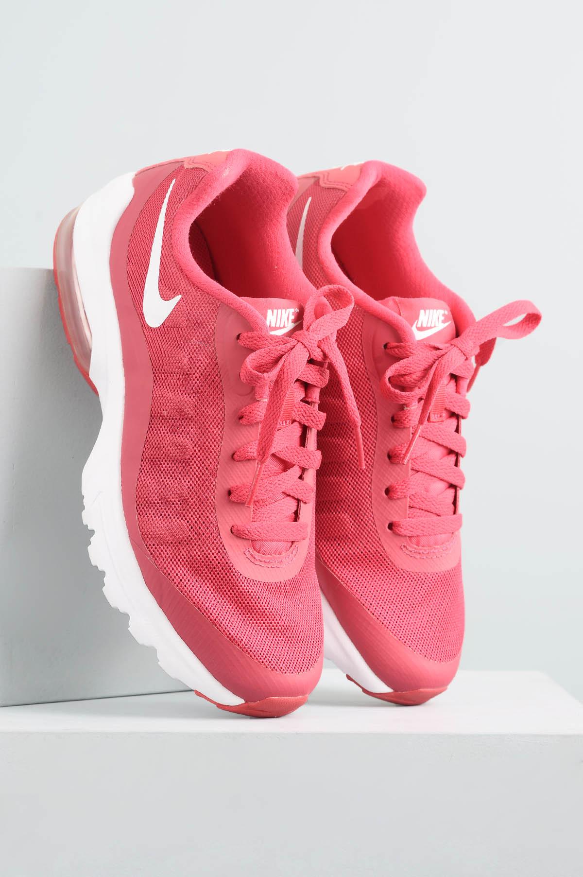 Tênis Feminino Nike Invigor TEC - VERMELHO - Mundial Calçados fc2c037f6f583