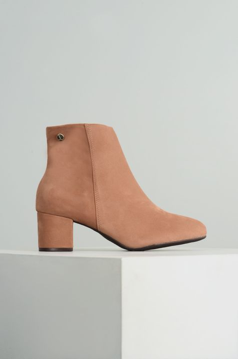 1_Ankle_Boot_Salto_Medio_Angel_Vizzano_NB_CAMEL