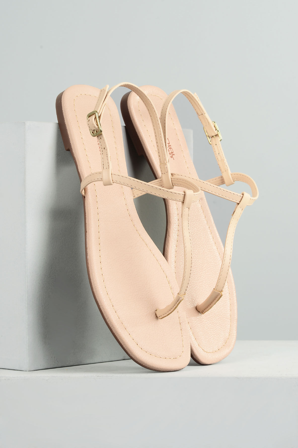4dec6070d Sandália Feminina Rasteira Naty Mundial DIVERSOS NUDE - Mundial Calçados