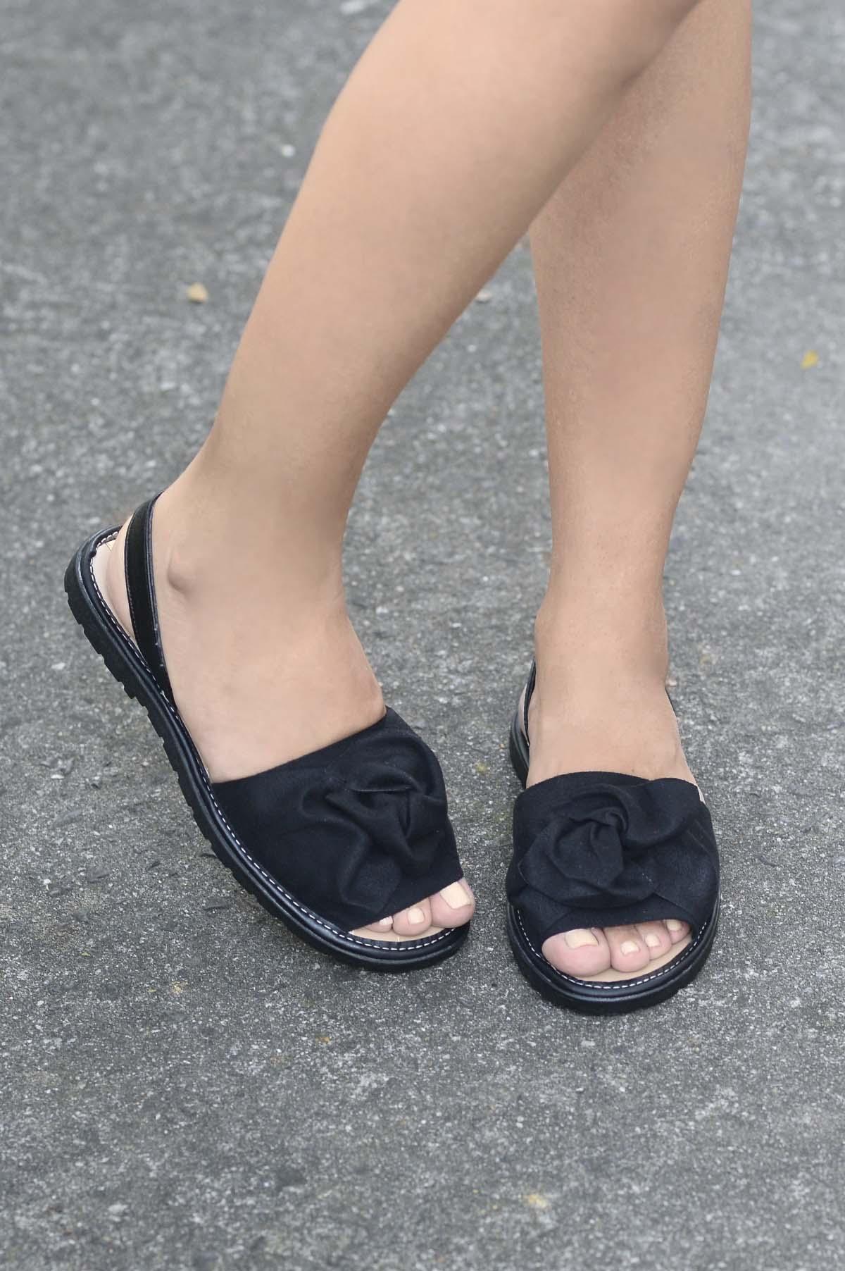 2a32b3ca9 Sandália Feminina Rasteira Kunis Moleca NB - PRETO - Mundial Calçados