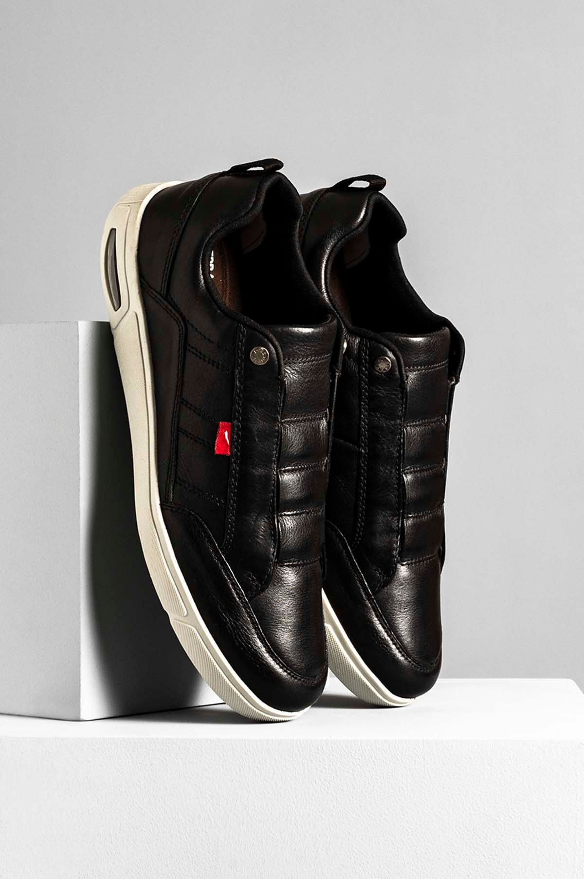 78aa6d36ec096 Sapatênis Ferracini Max Float Nathan CR-PRETO - Mundial Calçados