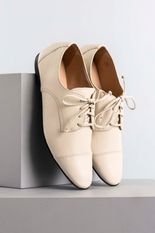 1_Oxford_Feminino_Shery_Mundial_CR_OFF_WHITE