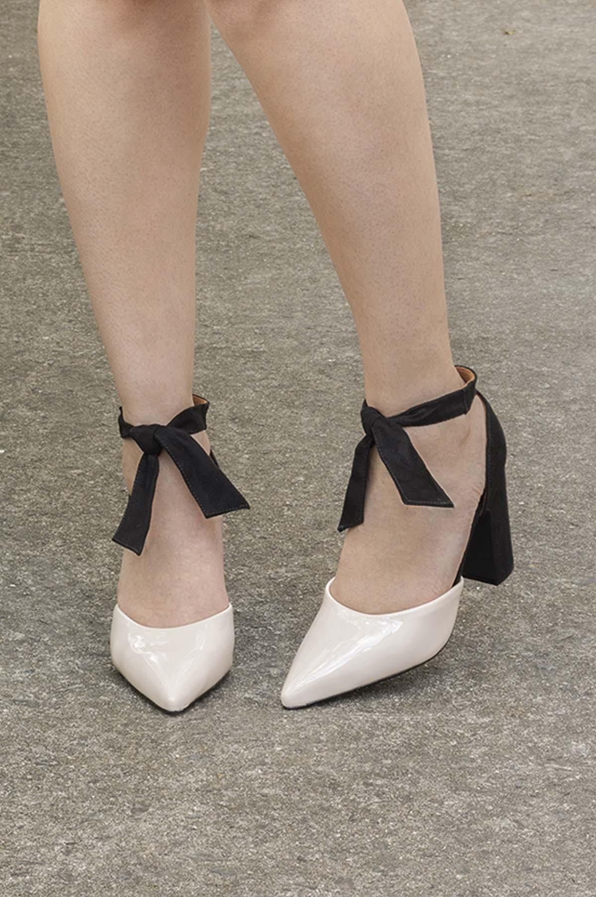 57704853a6 Sapato Salto Alto Dryka Vizzano VERNIZ - OFF WHITE - Mundial Calçados