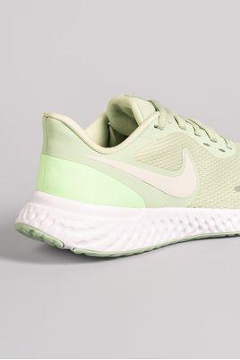 3_Tenis_Nike_Revolution_5_SINT_GELO