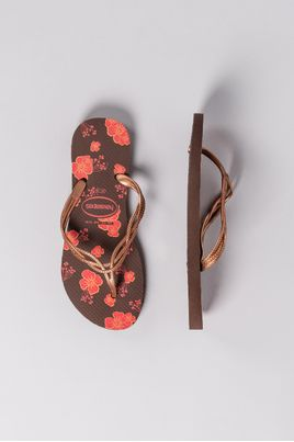 2_Havaianas_Sweet_Flores_DIVERSOS_CAFE