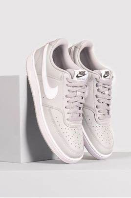 1_Tenis_Nike_Court_Vision_Low_SINT-_CINZA