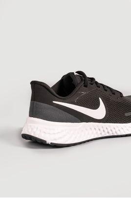 3_Tenis_Nike_Revolution_5_PRETO