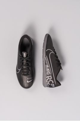 2_Chuteira_Futsal_Nike_Mercurial_Vapor_13_Club_IC_SINT_PRETO