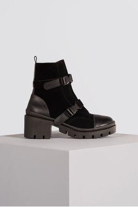1_Bota_Feminina_Ankle_Boot_Kym_Mundial_CAM_PRETO