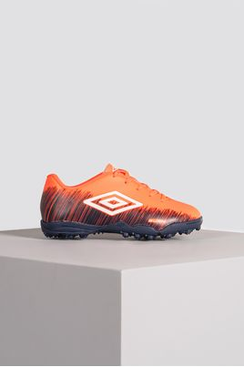 1_Chuteira_Society_Umbro_Burn_Jr_SINT_CORAL