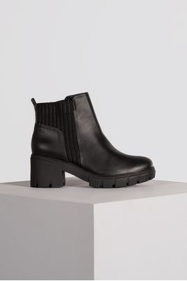 1_Bota_Feminina_Ankle_Boot_Lyja_Via_Marte_SINT_PRETO