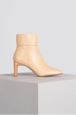 1_Ankle_Boot_Feminina_Besy_Mundial_CR_NUDE